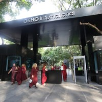 Osho followers vow to protect R 1,000 crore Pune property